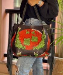 Tote bag African motif black red green with black fringes