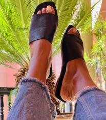 Sandals leather black croco large band