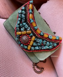 Bag suede leather green with necklace green yellow red