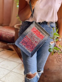 Purse Rug colorful red blue green water with jeans & handle