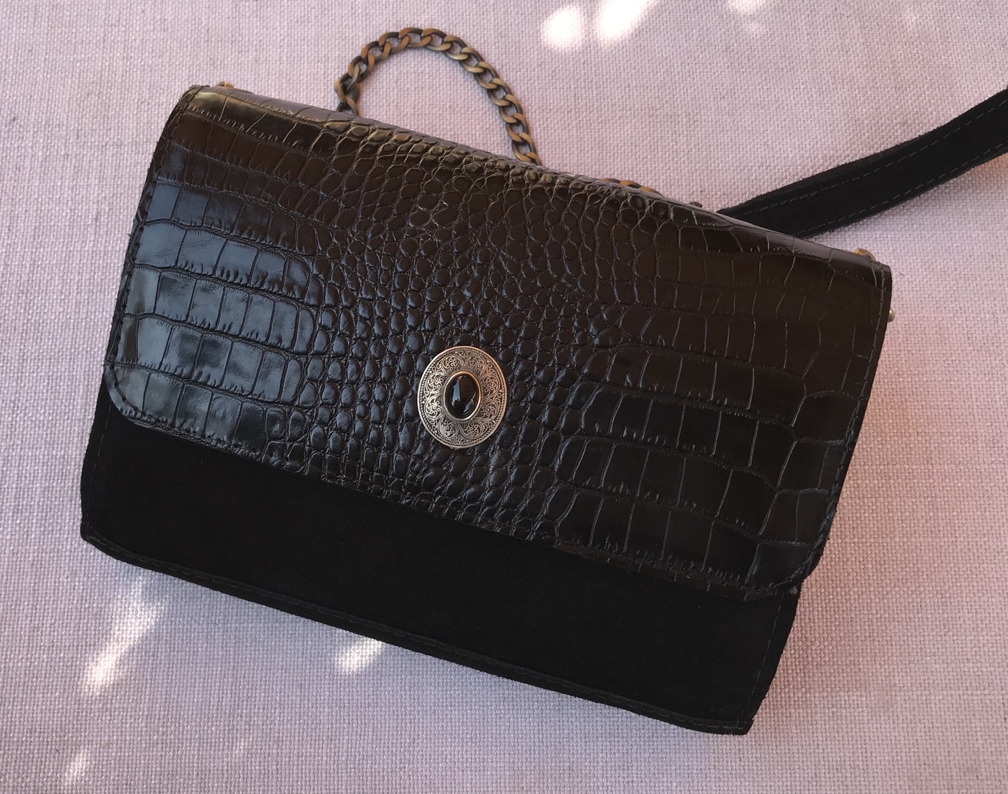 Jewelry bag leather croco & suede leather black