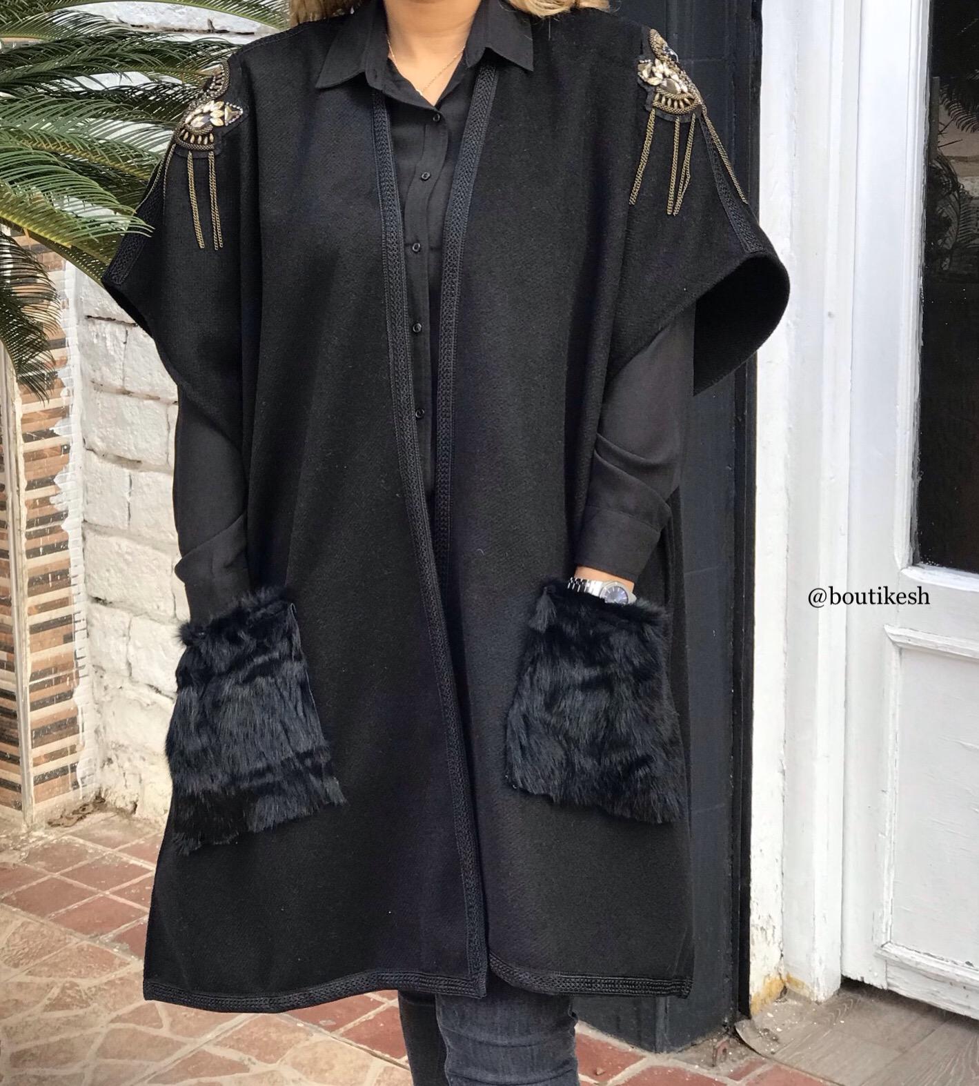 Kimono tweed black with champagne galons & black sfifa
