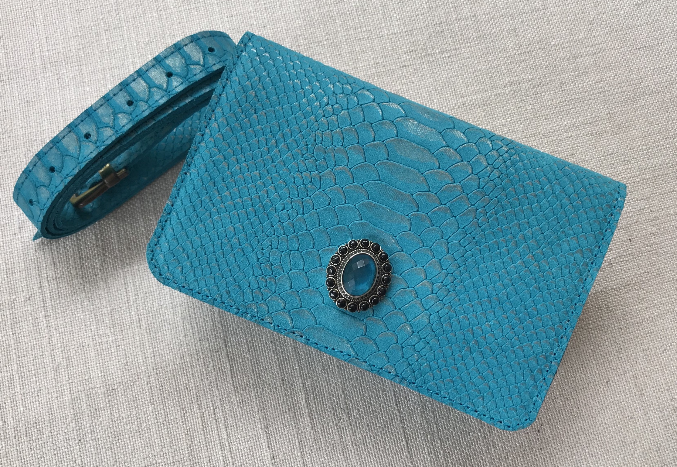 Beltbag Leather jewelry croco turquoise