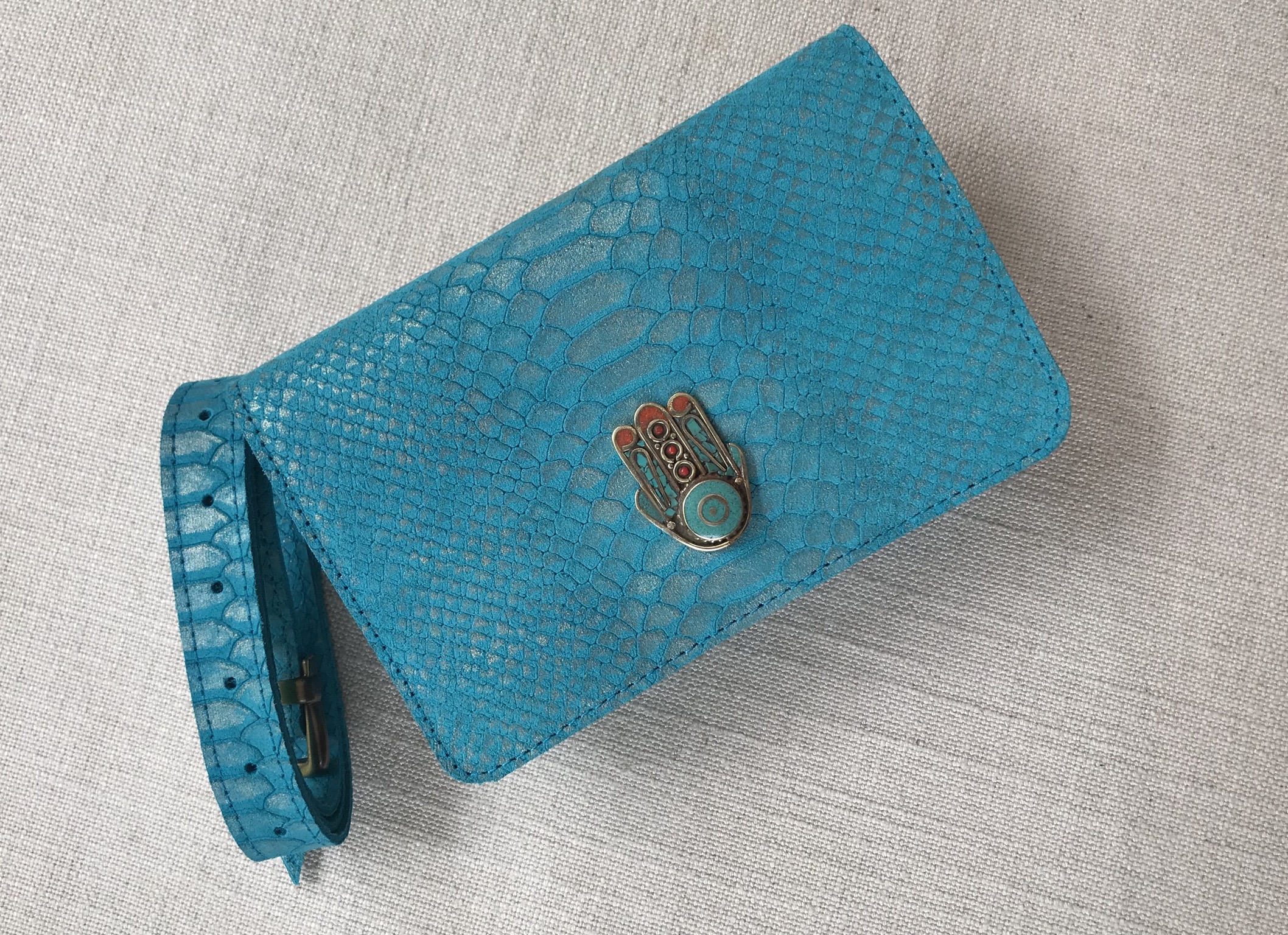 Bag leather croco turquoise with khmissa jewelry