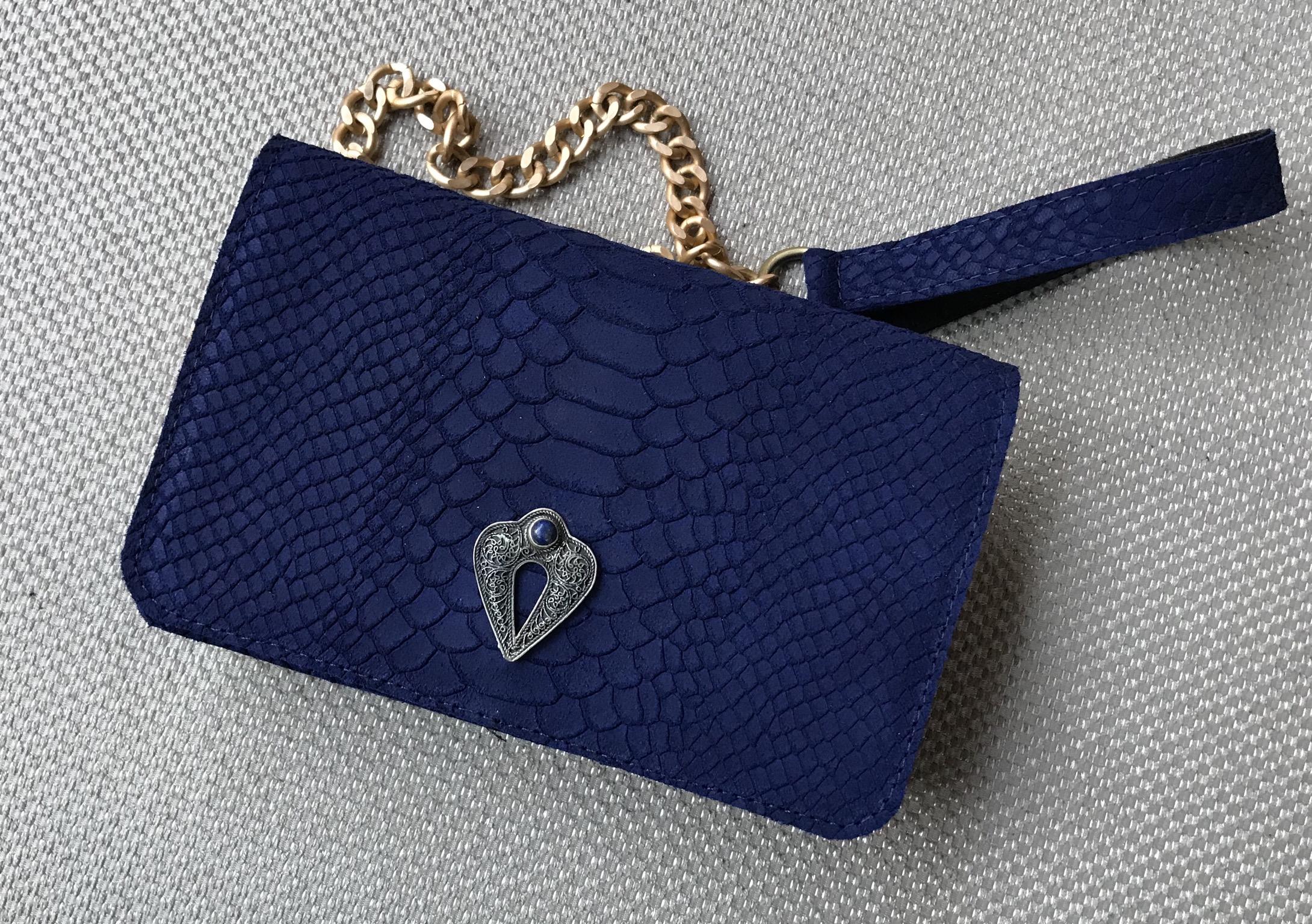 Mini jewelry bag leather croco bleu majorelle