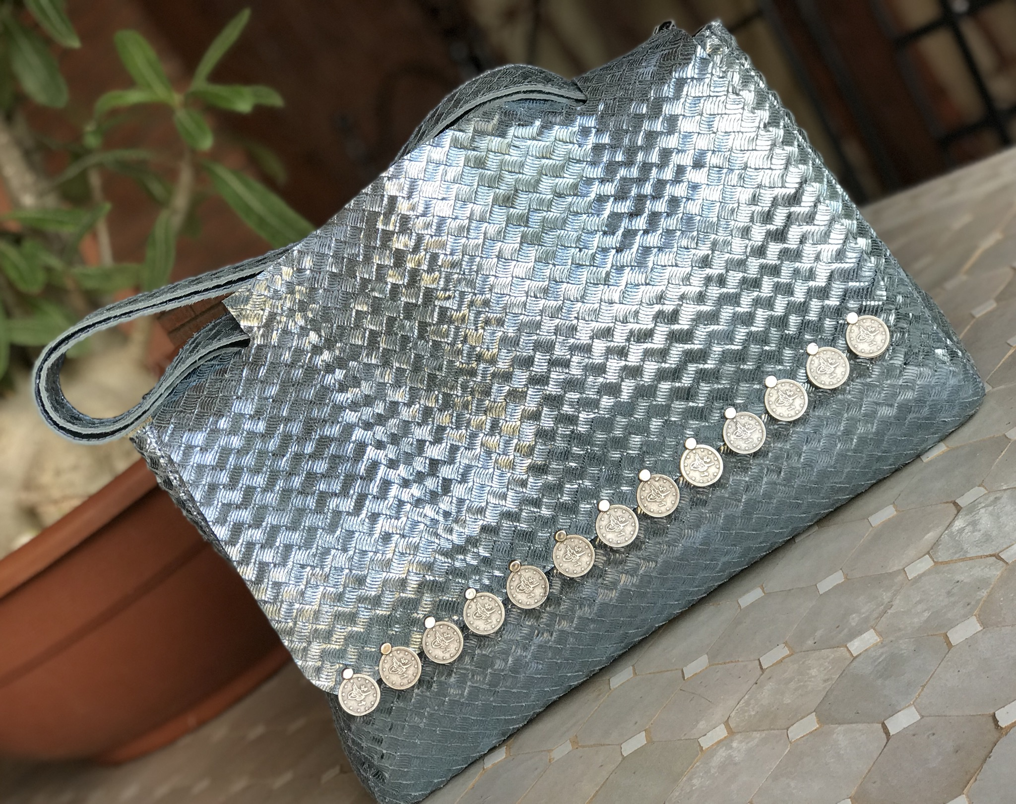 Bag leather tresse metallic light blue big size with coins