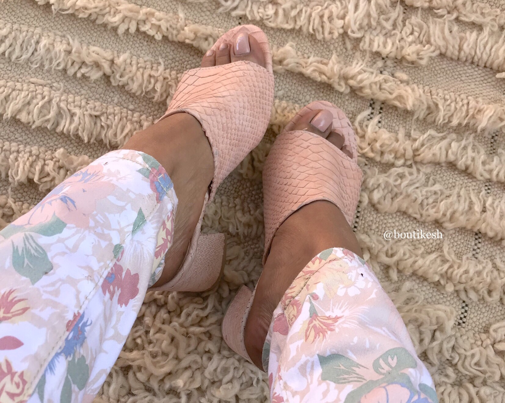 Sandals leather croco salmon with heels