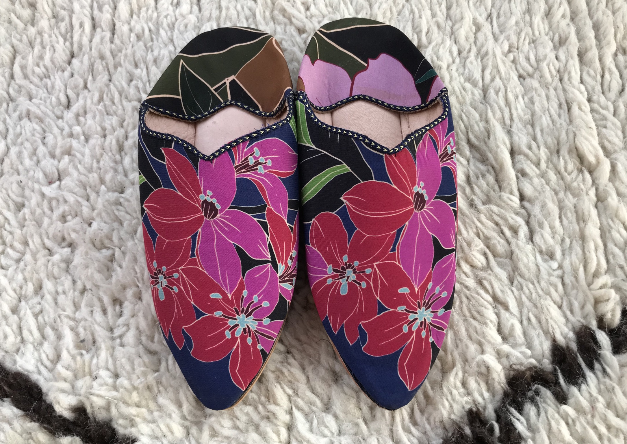 Slippers antidérapantes Colorful flower prints