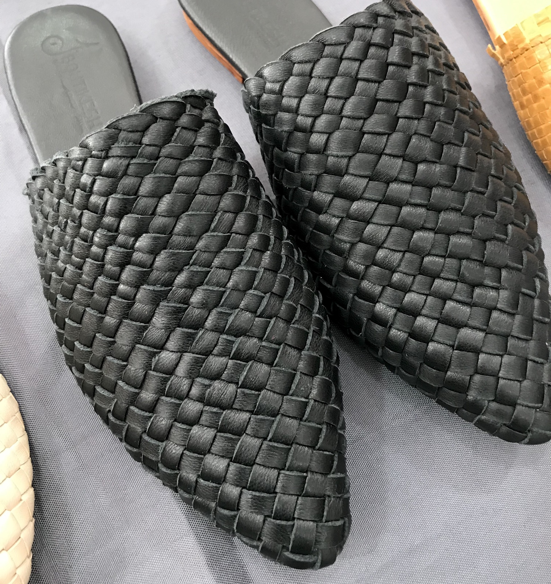 Slippers leather black handmade