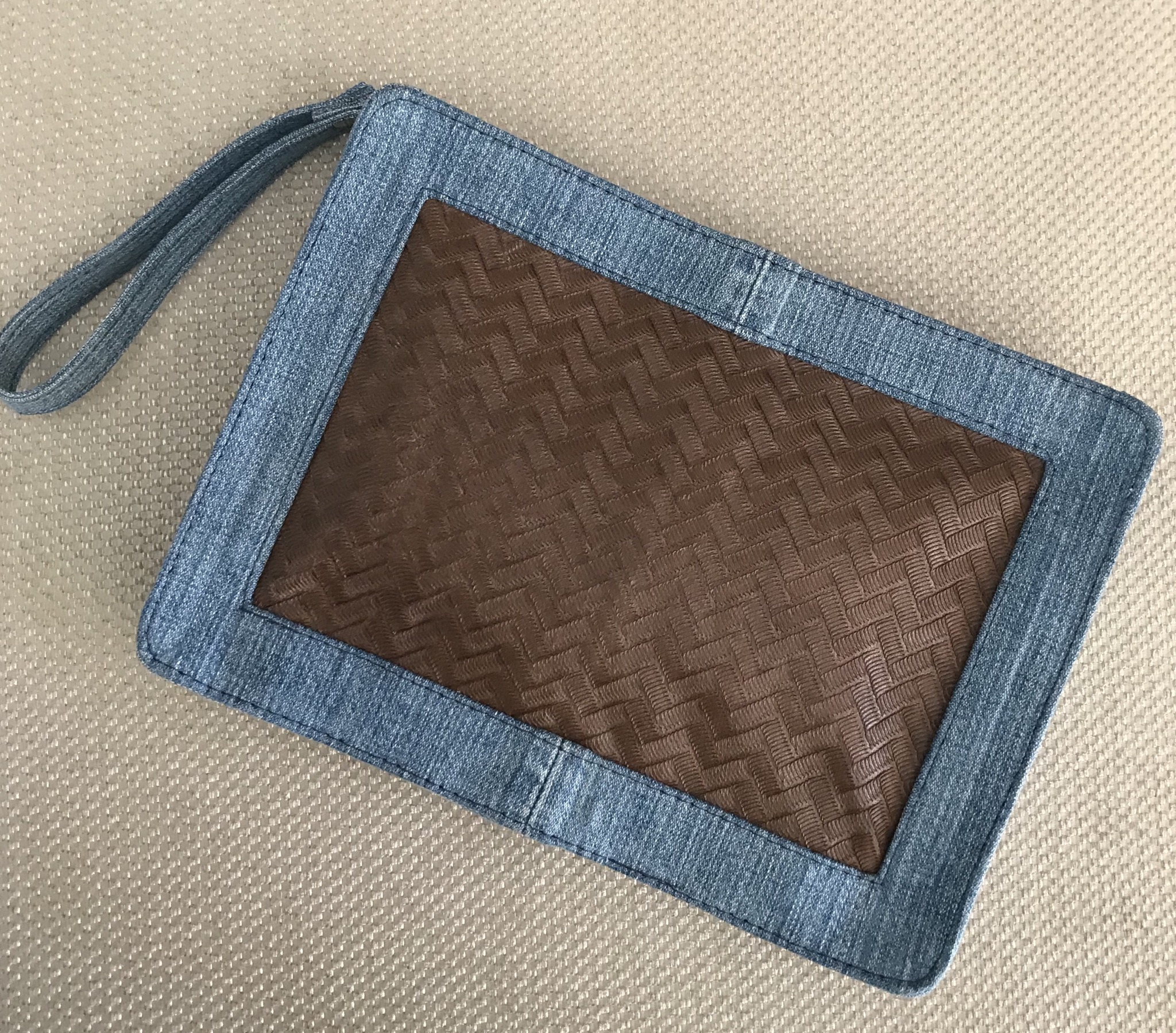 Purse blue jeans & Leather brown with chain