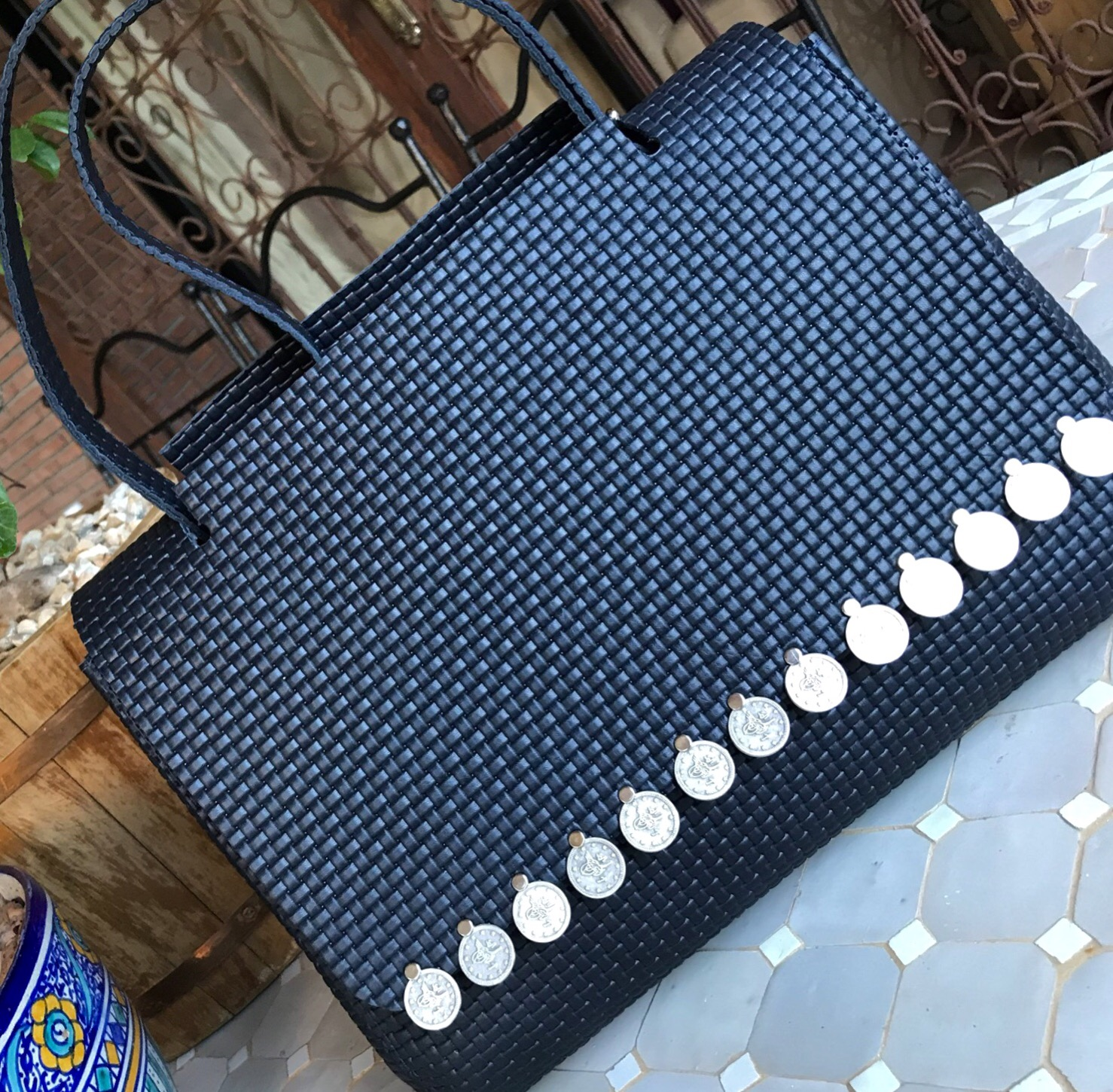 Big leather bag blue with coins