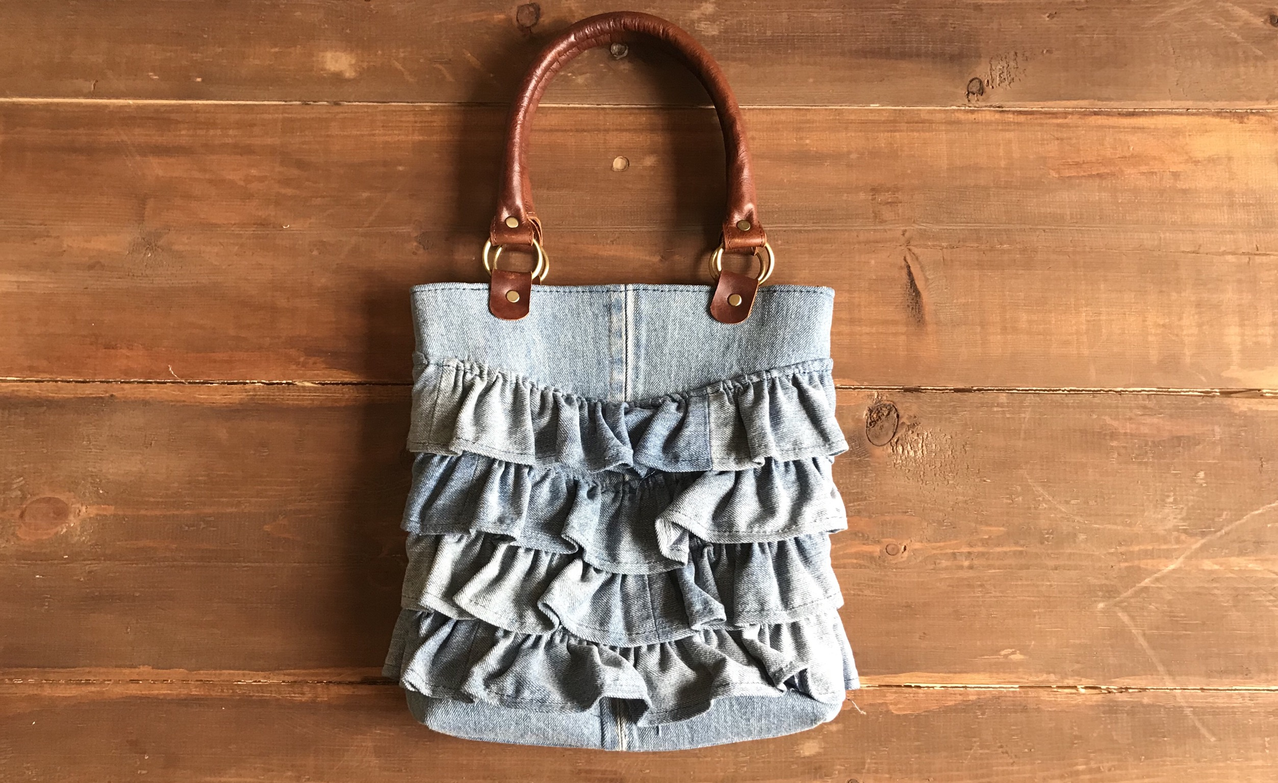 Jeans bag with franges
