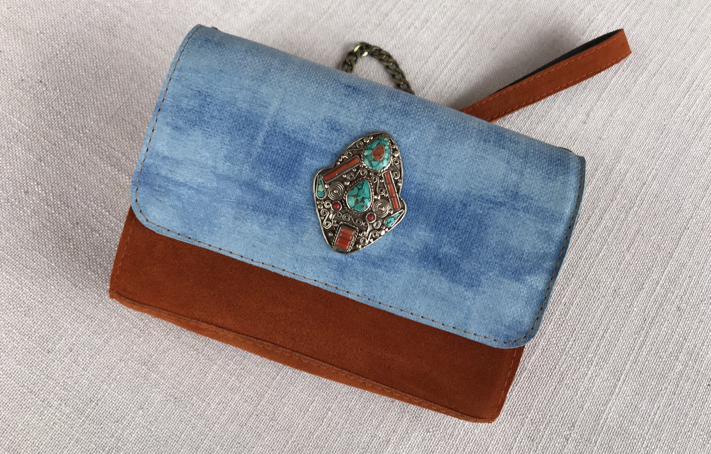 Jewelery bag bicolor suedeleather orange & leather light blue