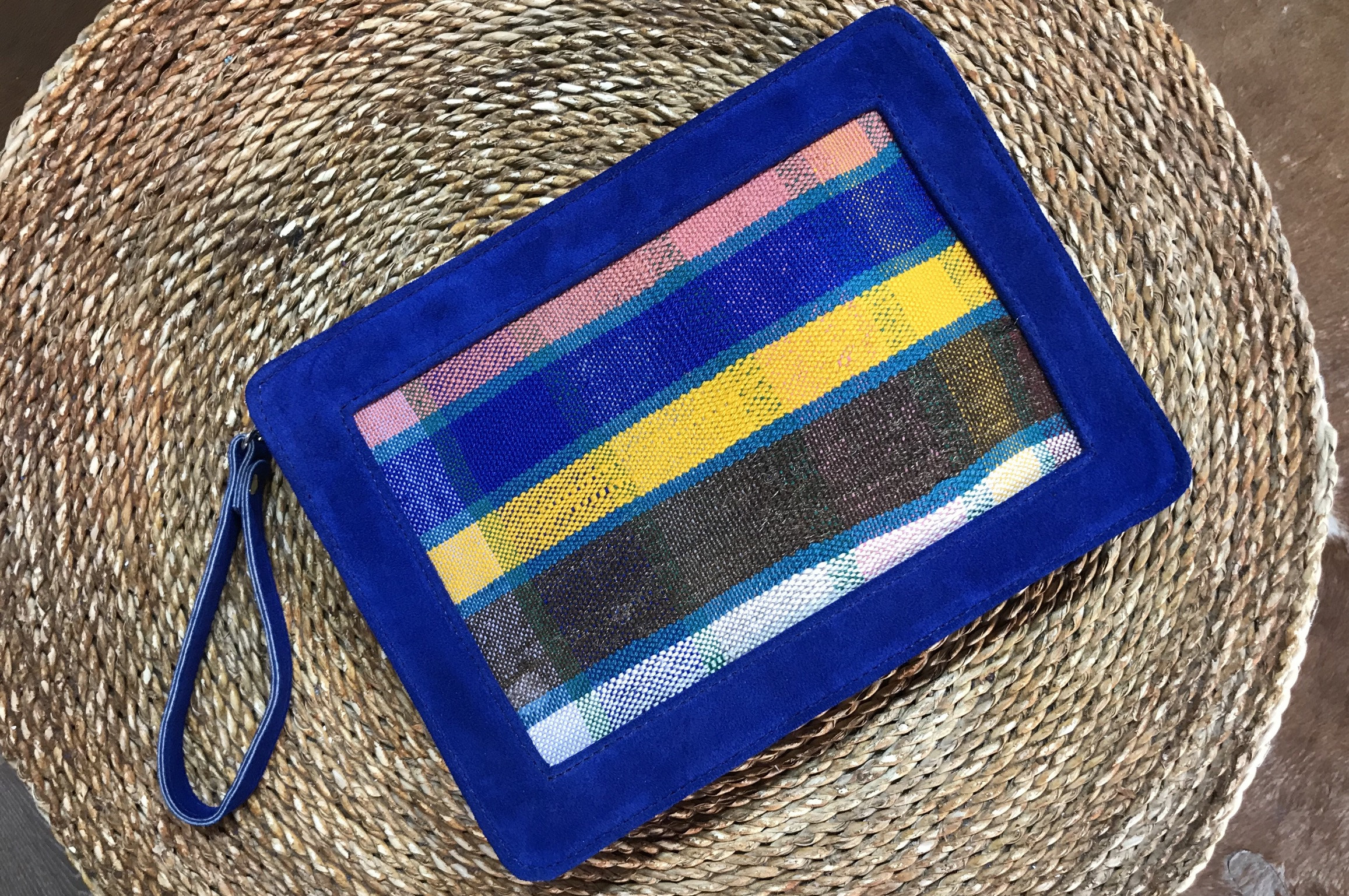 Purse with suede leather Blue majorelle & Rug Colorful