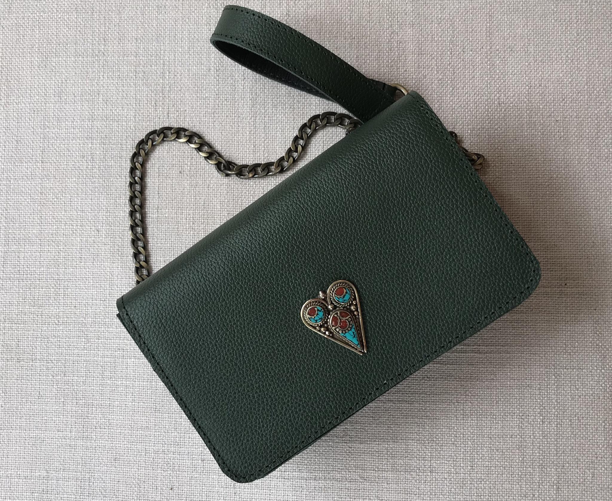 Bag mini jewelry leather green with artisanal jewelry