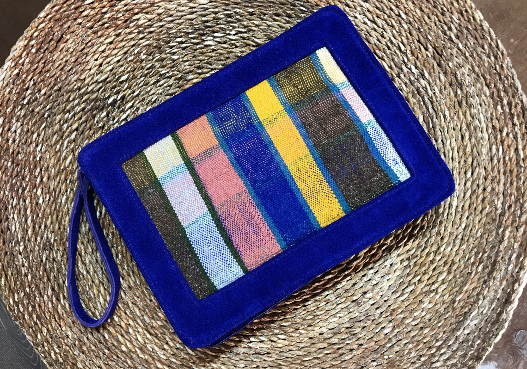 Purse suede leather blue majorelle & colorful Rug with chain