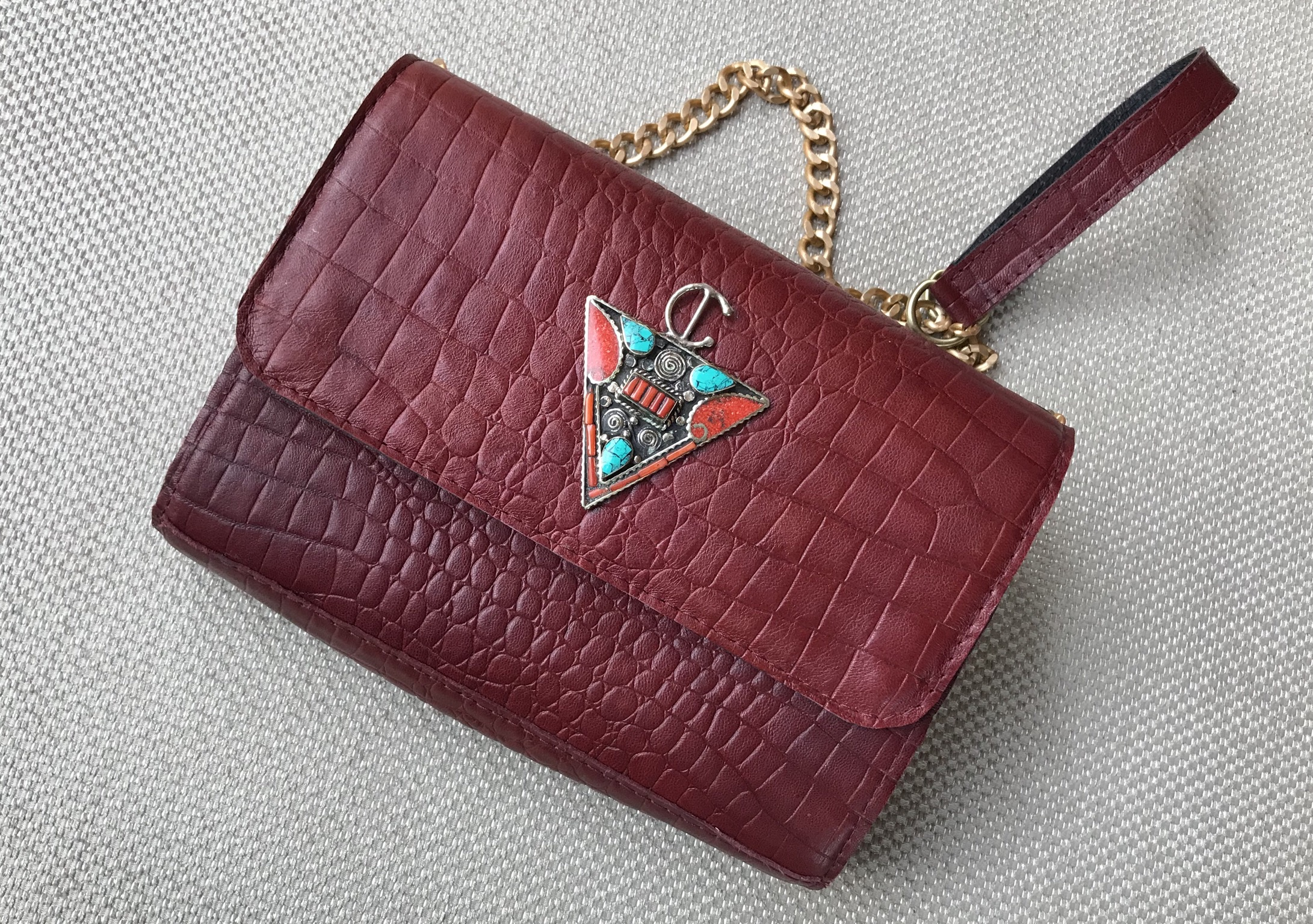 Bag Jewelry Leather croco burgundy with fibule