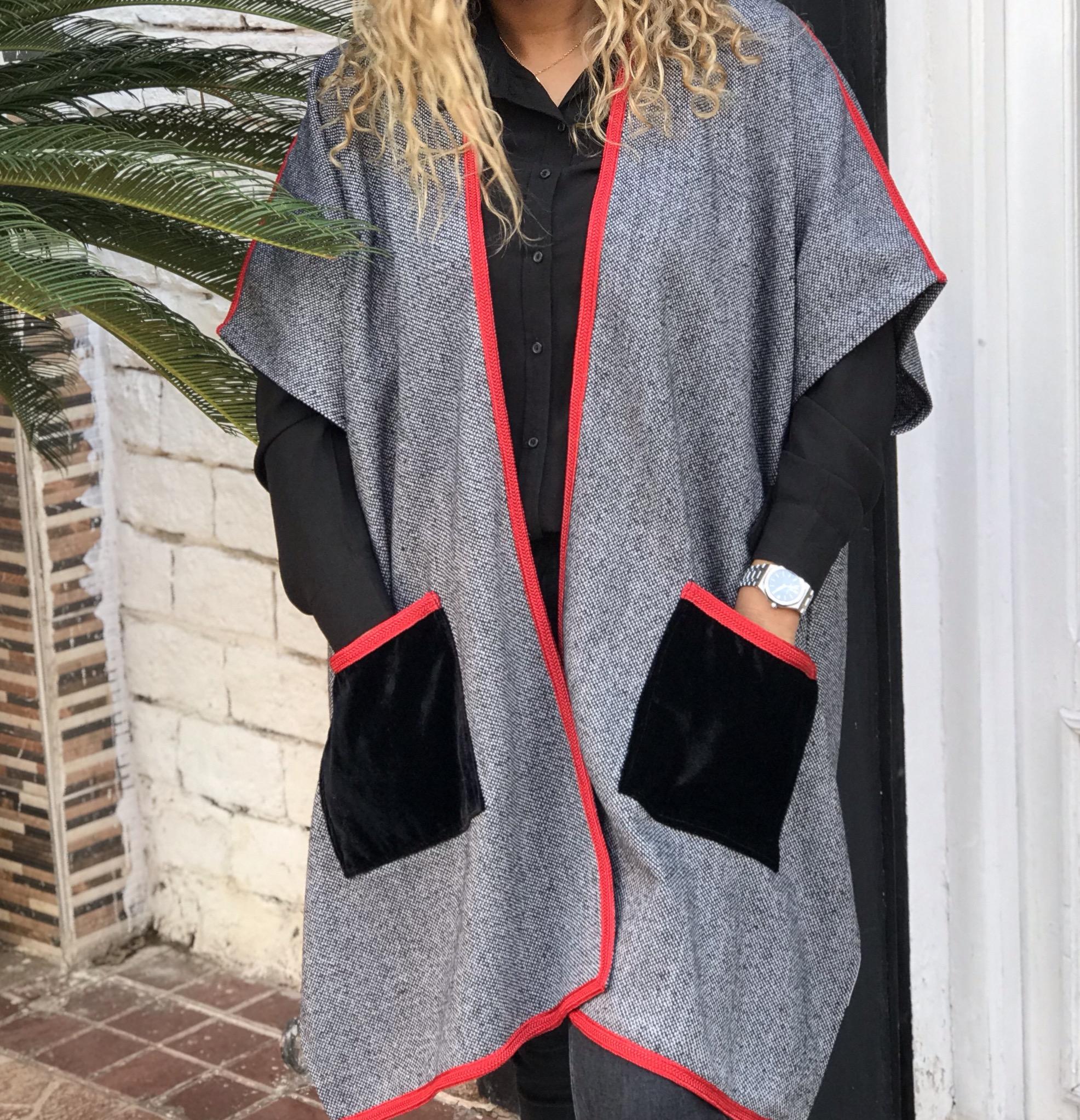 Kimono tweed grey with red sfifa & velvet pockets
