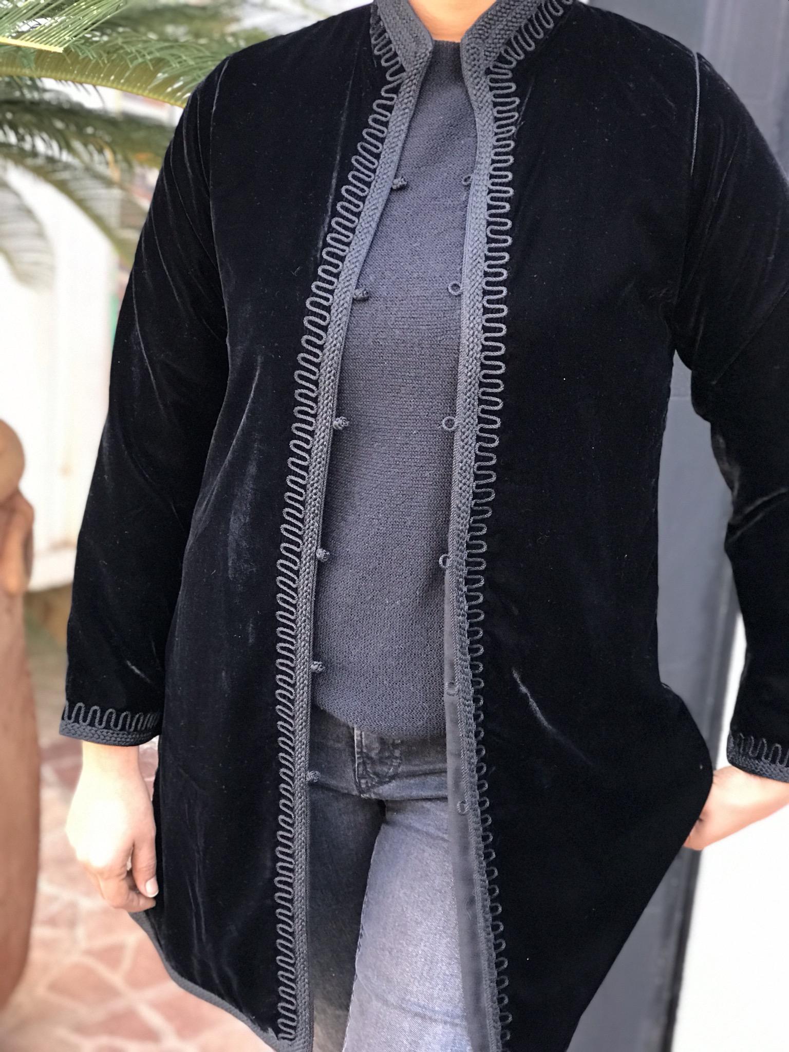 Tunic velvet black with zwaq & aqadi