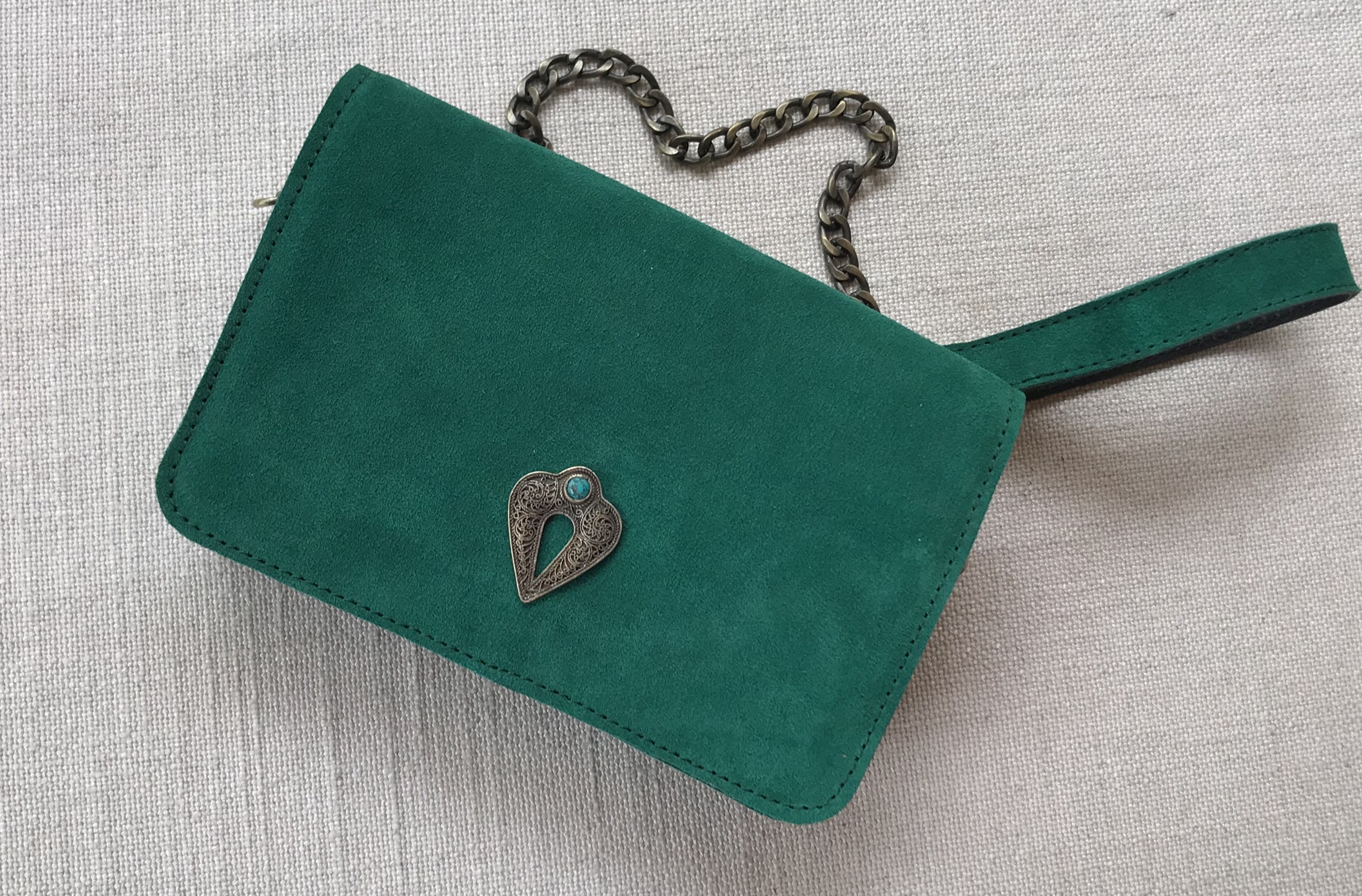 bag Mini suede leather green with artisanal jewelry