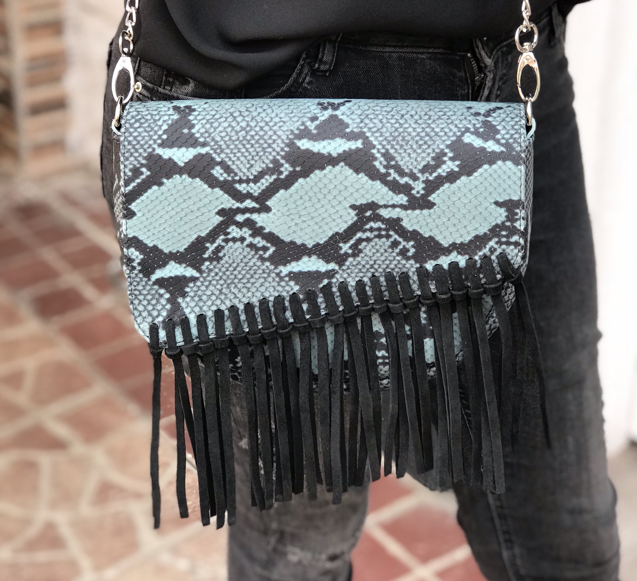 Bag leather croco green black with fringes black suedeleather