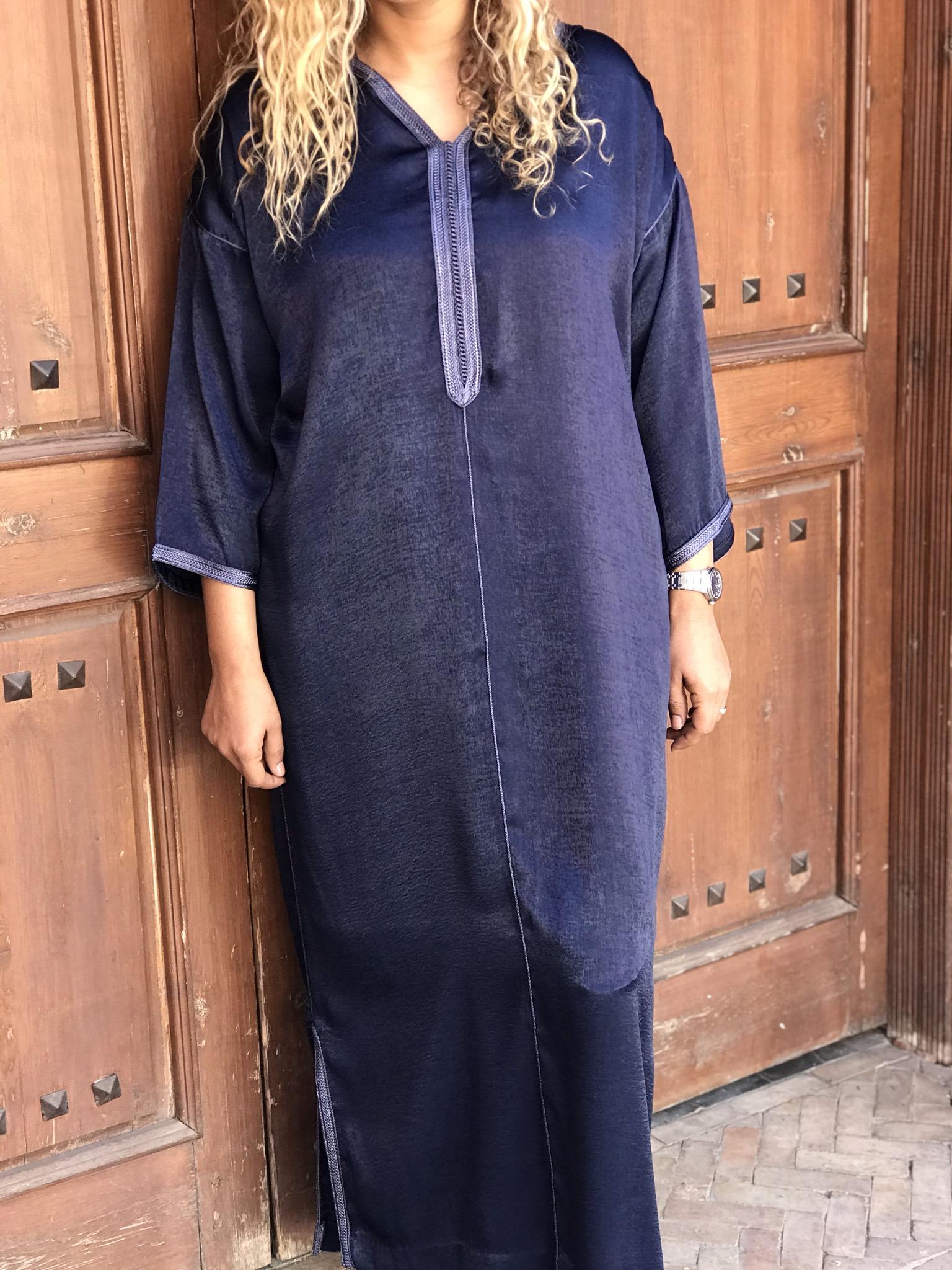 Djellaba mousseline de soie marbrée blue with Sfifa blue navy