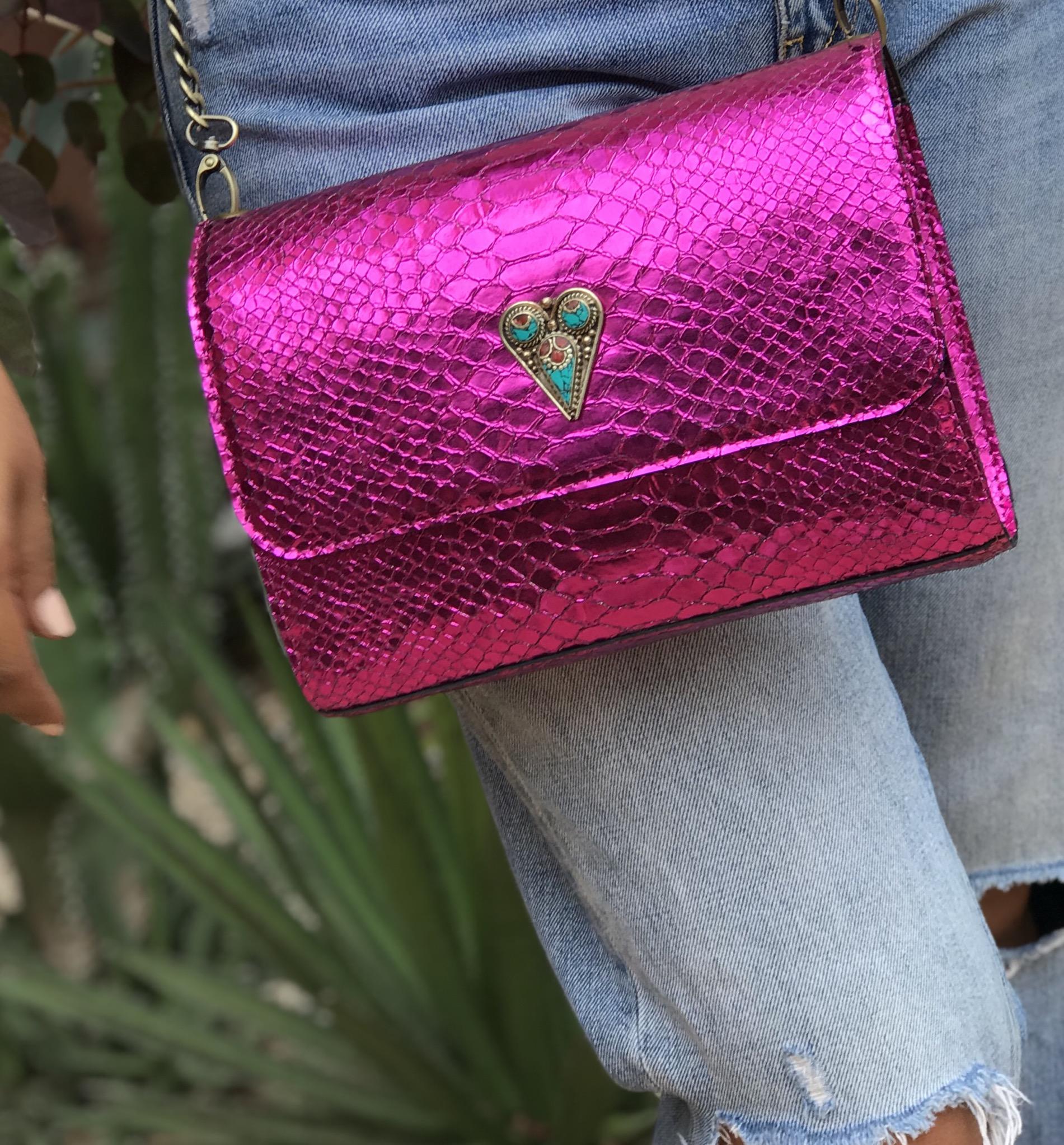 Bag leather croco pink fushia with jewelry