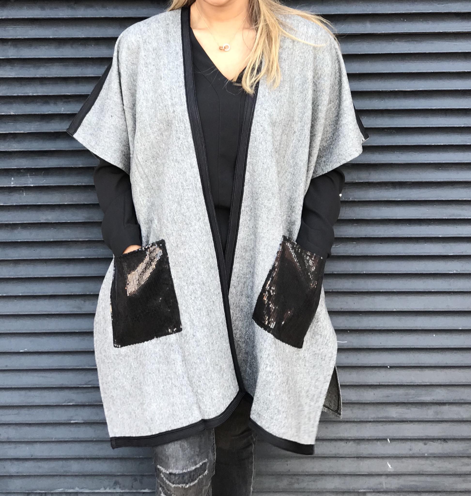Kimono tweed grey with black mozona pockets
