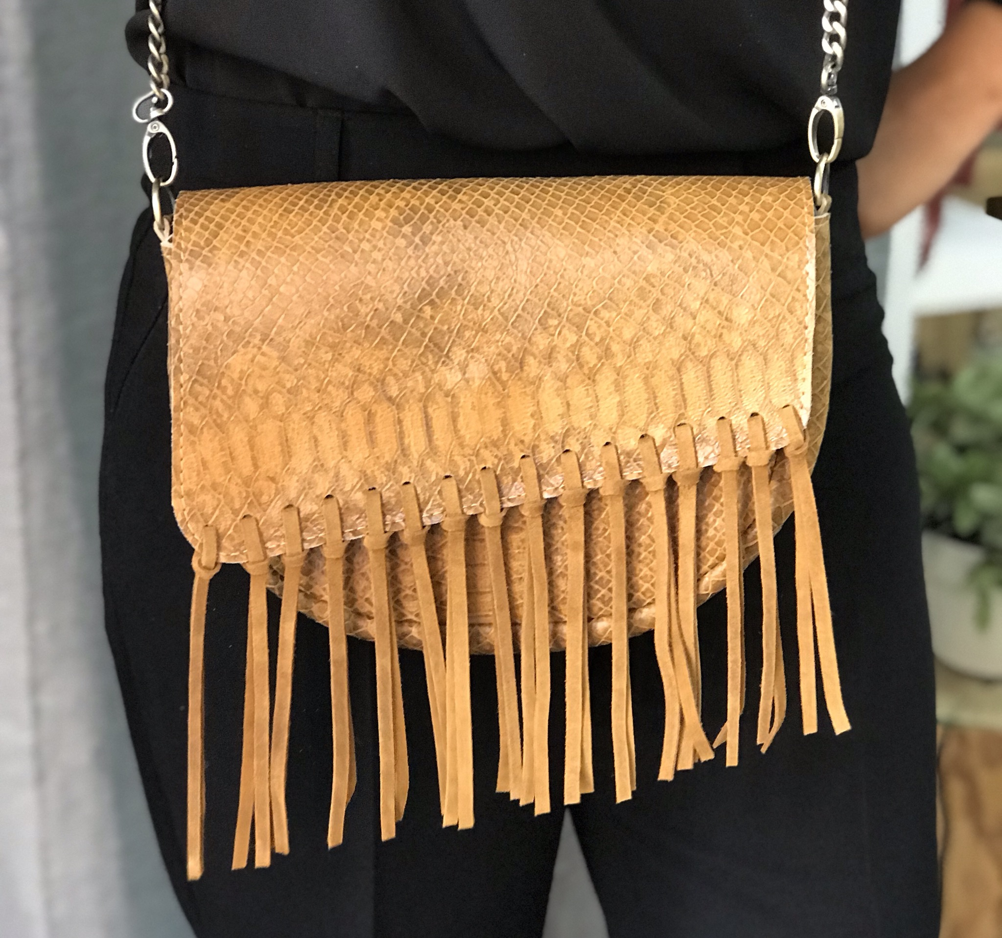 Bag leather camel croco with fringes