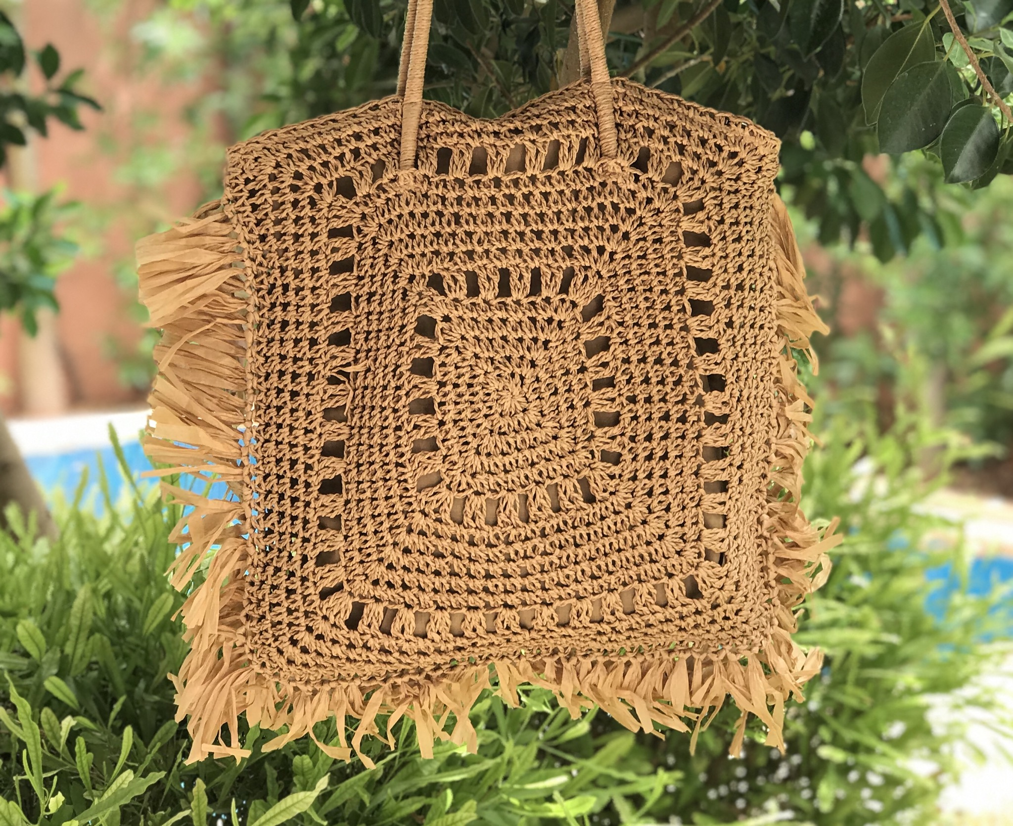 Bag  Rafia rectangulaire with Rafia fringes