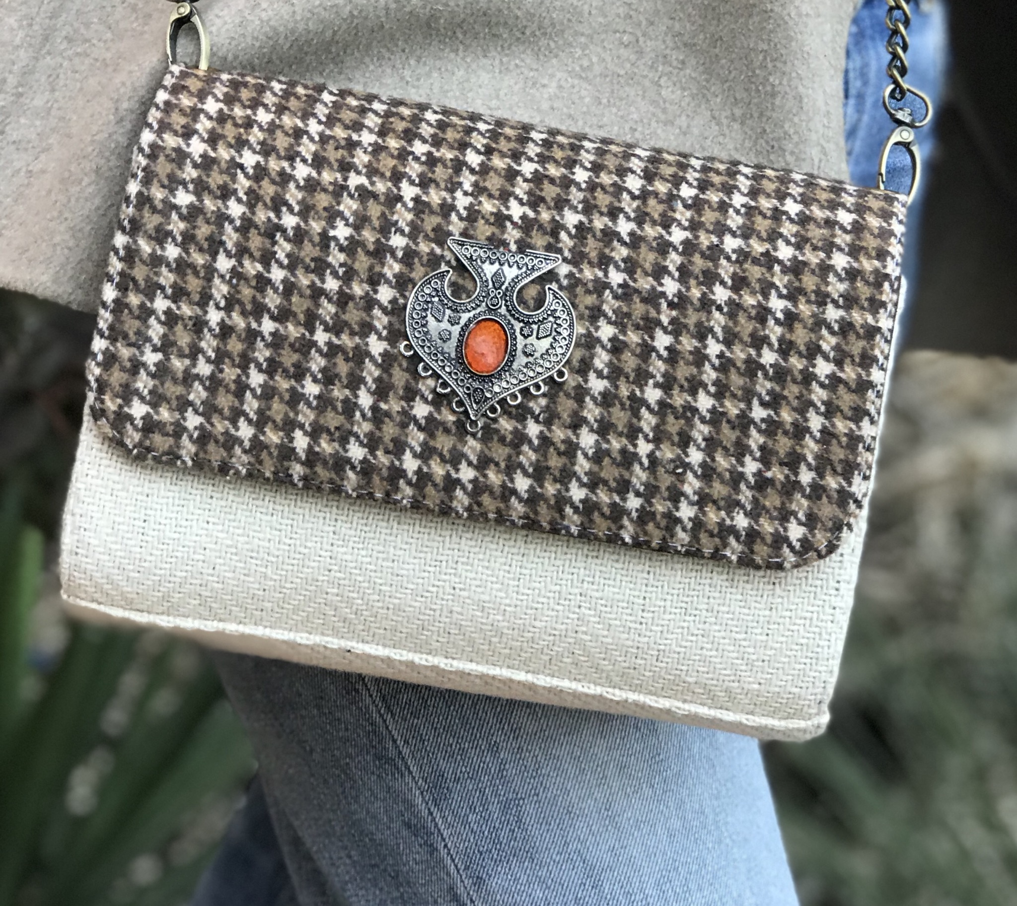 Bag tweed brown beige with artisanal jewelry