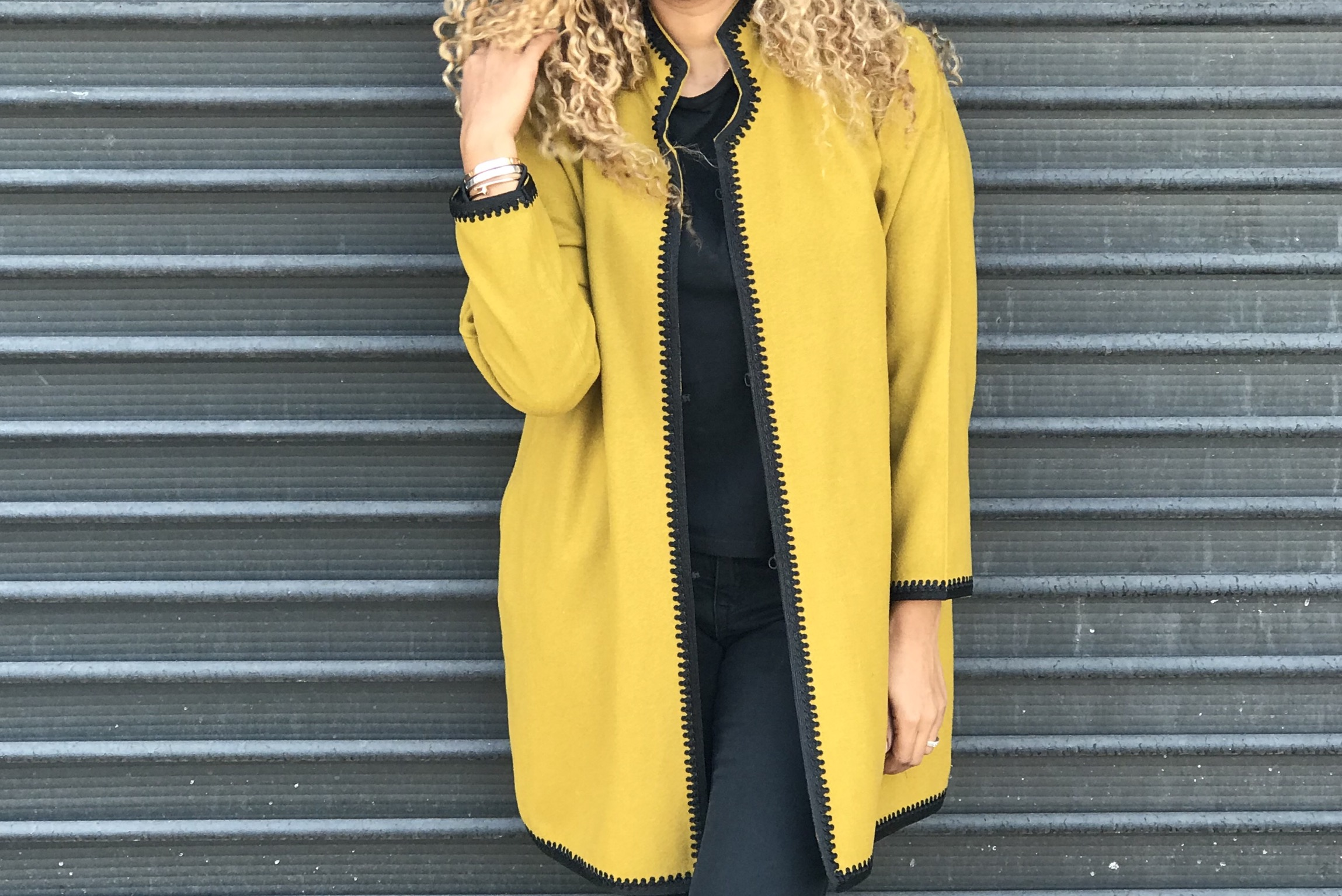 Coat flanelle mustard with black debbana