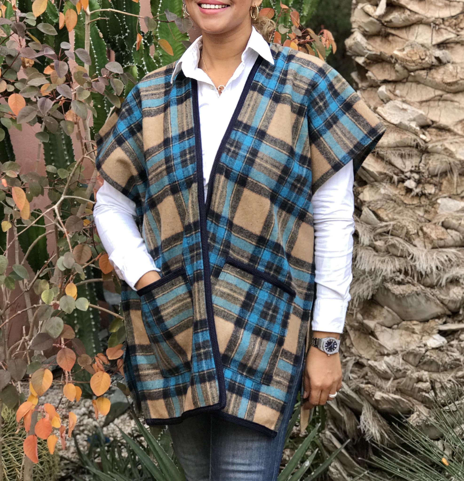 Kimono tweed short with tiles & pockets turquoise beige
