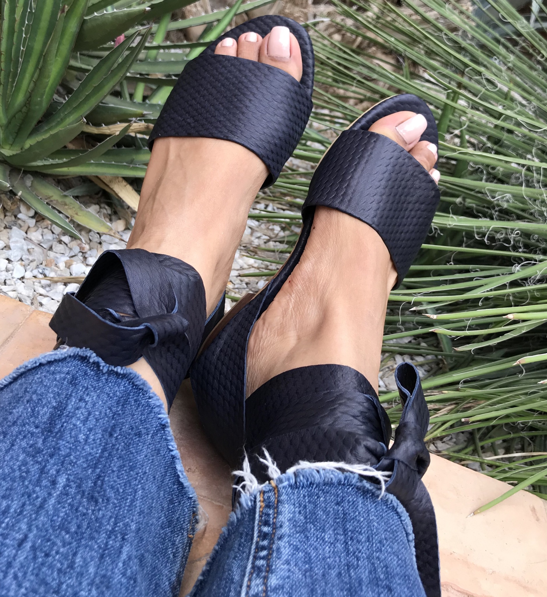 Sandals leather dark blue with larges laces